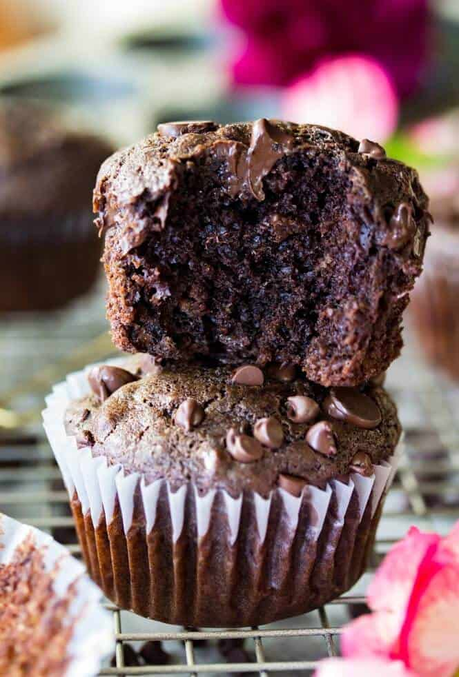 Double chocolate muffins made from scratch, with fudgy chocolate interiors and melty chocolate || Sugar Spun Run
